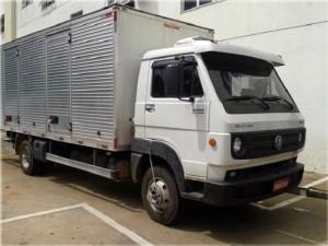 Caminhão com carga roubada é localizado em Alfenas 1