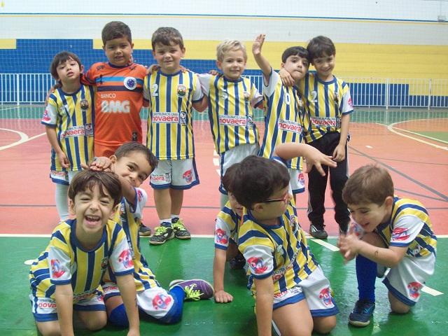 Escolinha de Futsal do Trespontano Olímpico Clube TOC 3