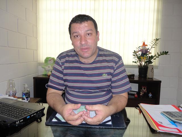 Vice-Prefeito e Secretário M de Educação Erik dos Reis Roberto 2.jpg