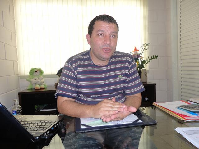 Vice-Prefeito e Secretário M de Educação Erik dos Reis Roberto 3.jpg