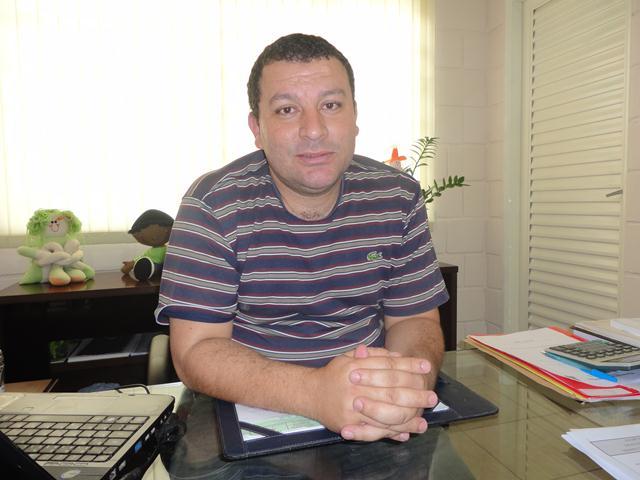 Vice-Prefeito e Secretário M de Educação Erik dos Reis Roberto 4.jpg