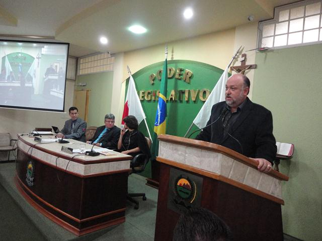 Câmara de Três Pontas presta homenagem à Fepesmig Grupo Unis 3.jpg
