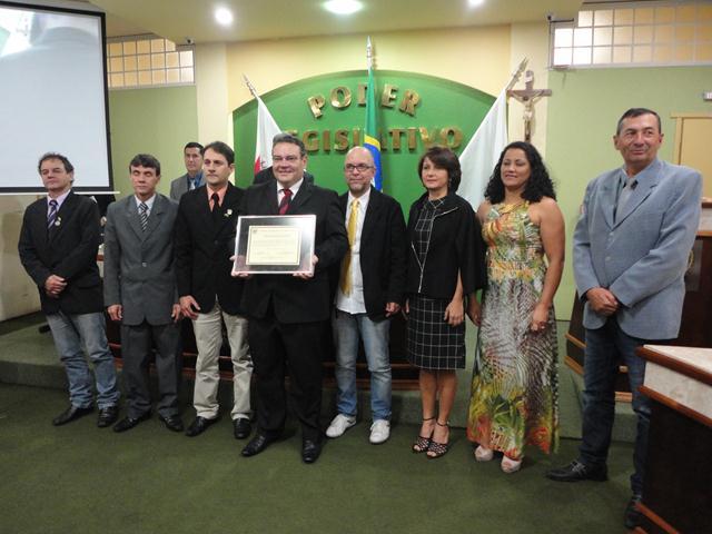 Câmara de Três Pontas presta homenagem à Fepesmig Grupo Unis 5.jpg