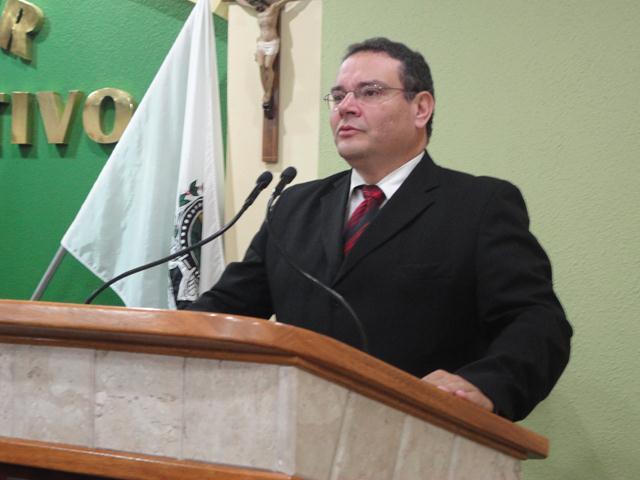Câmara de Três Pontas presta homenagem à Fepesmig Grupo Unis 6.jpg