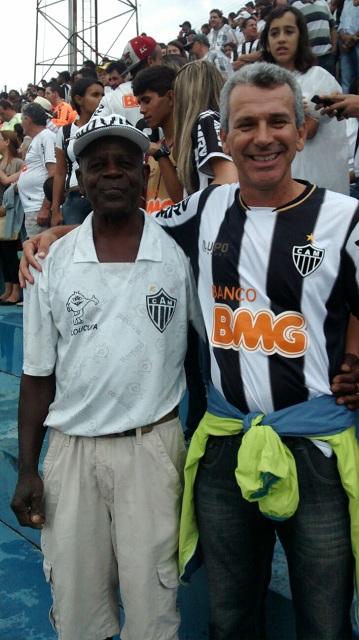 Gilson Cezário Acadêmicos do Samba Carnaval Três Pontas 1