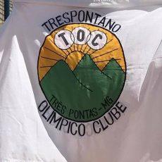 TOC Três Pontas bandeira