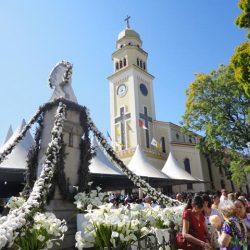 Igreja e Monumento a Padre Victor, em Três Pontas
