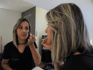 Salão Leide Daiane em Três Pontas oferece curso de automaquiagem