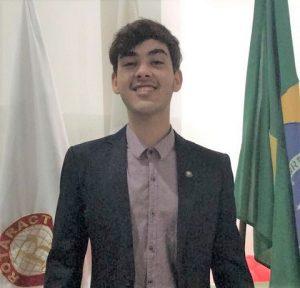 Presidente Interact Club Três Pontas Gabriel sobre Meus 15 anos Projeto Social