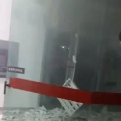 Banco Brasil Bradesco destruição explosão Minas