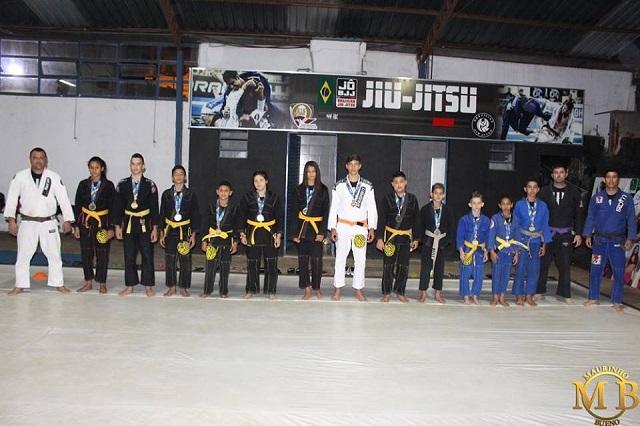Academia Top Fitness Três Pontas Campeonato Sul-Americano de Jiu-Jitsu 2018 Crianças